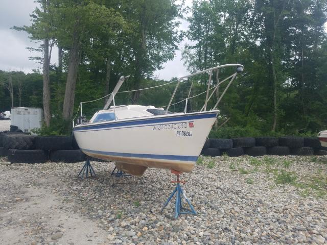 Vehiculos salvage en venta de Copart West Warren, MA: 1986 Sail Boat