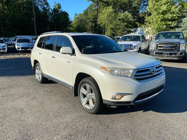Salvage cars for sale from Copart North Billerica, MA: 2013 Toyota Highlander