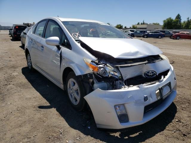 Salvage cars for sale from Copart Bakersfield, CA: 2011 Toyota Prius
