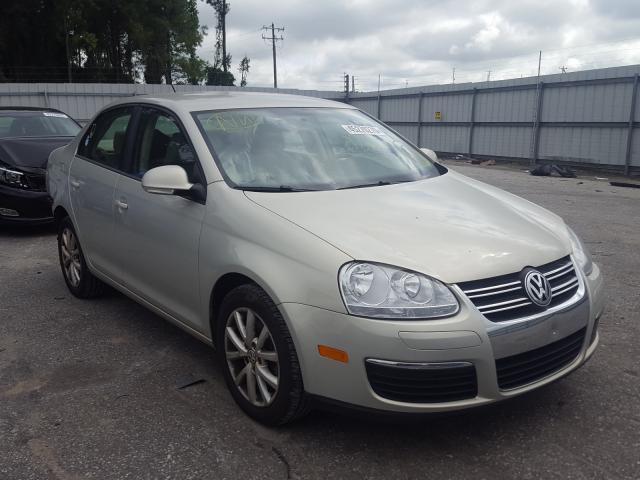 Salvage 2010 Volkswagen JETTA LIMITED for sale