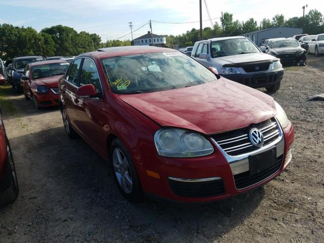 Salvage cars for sale from Copart North Billerica, MA: 2008 Volkswagen Jetta SE