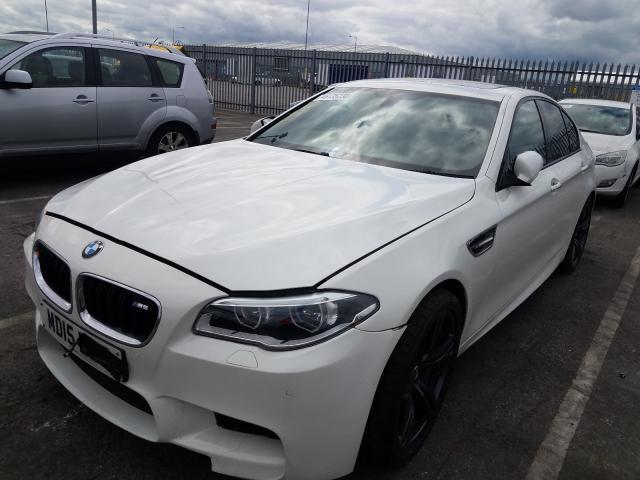 BMW M5 AUTO - 2015 rok