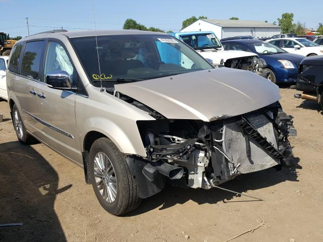Salvage cars for sale from Copart Columbia Station, OH: 2013 Chrysler Town & Country