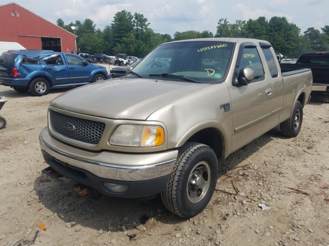 2FTRX18L4YCA44627-2000-ford-f-150-1