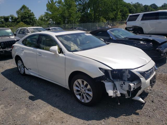 Salvage cars for sale from Copart Marlboro, NY: 2015 Lexus ES 300H