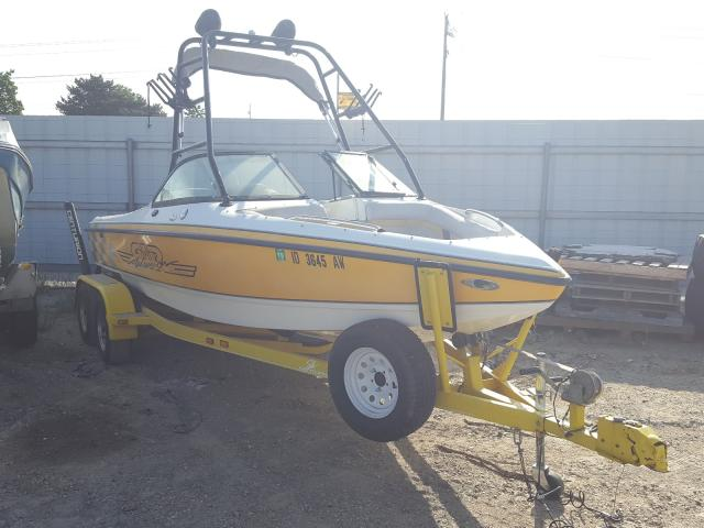 Salvage 2001 Century BOAT for sale