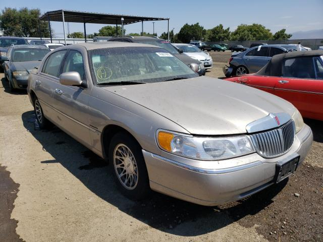 Lincoln Town Car salvage cars for sale: 2000 Lincoln Town Car