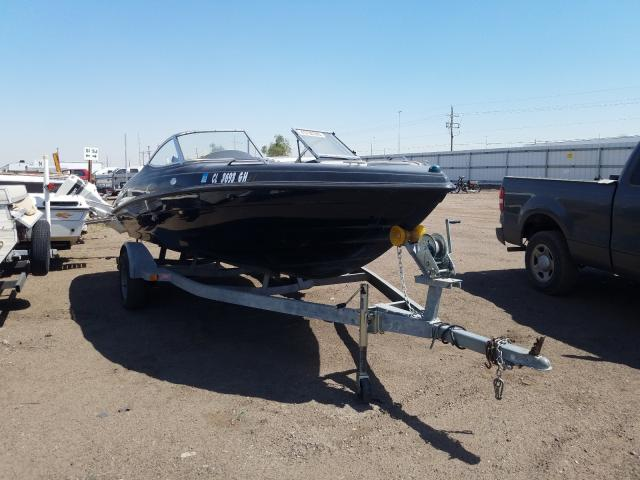 Salvage 2001 VIP RUNABOUT for sale
