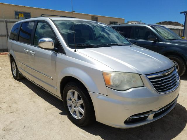 Salvage cars for sale from Copart Kapolei, HI: 2011 Chrysler Town & Country