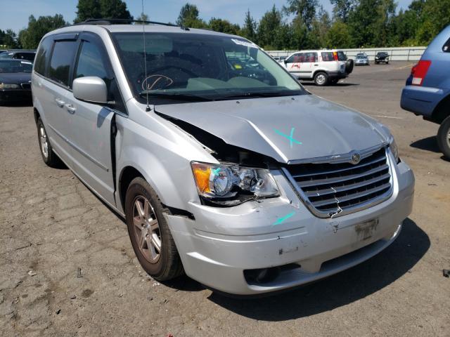 2A4RR5D15AR116258-2010-chrysler-minivan