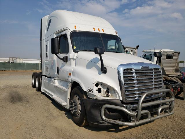 2015 Freightliner Cascadia 1 for sale in Sacramento, CA