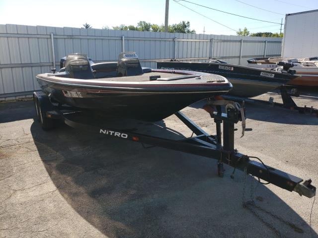 Salvage 1998 Nitrous 700 BOAT for sale