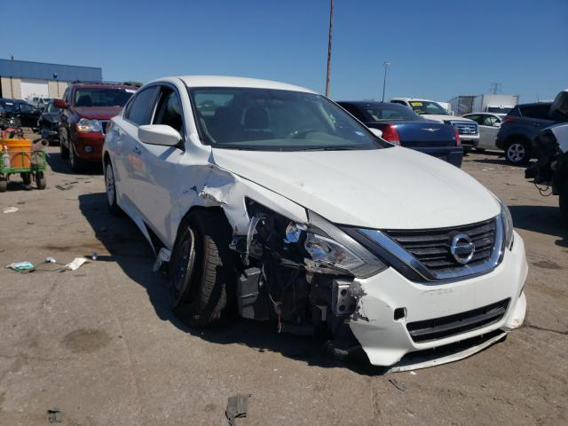 Salvage cars for sale from Copart Woodhaven, MI: 2017 Nissan Altima 2.5
