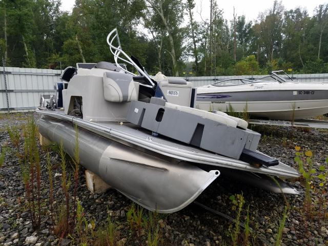 Salvage 2019 Starcraft BOAT for sale