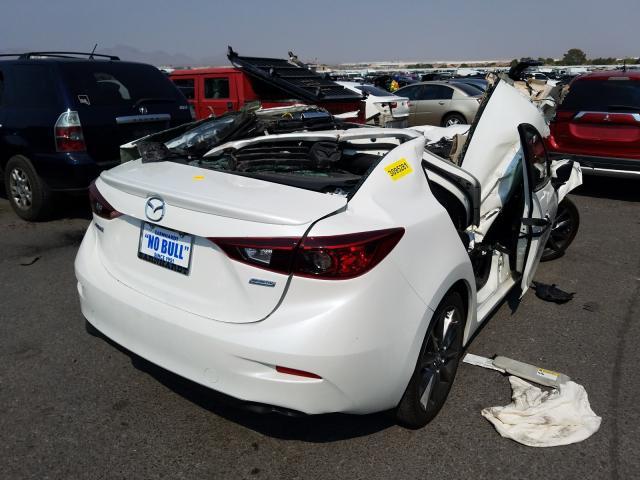 цена в сша 2018 Mazda 3 Touring 2.5L 3MZBN1V35JM258349