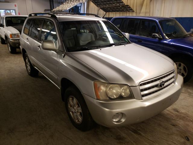Salvage cars for sale from Copart Wheeling, IL: 2001 Toyota Highlander