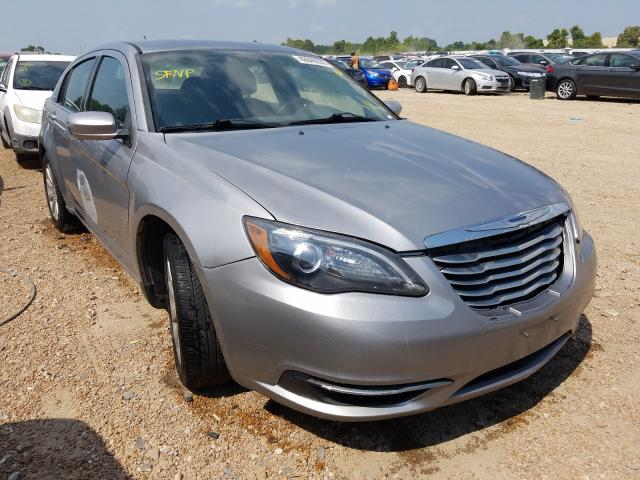 CHRYSLER 200 TOURIN