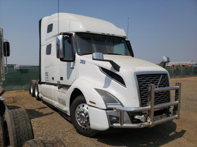 Salvage cars for sale from Copart Sacramento, CA: 2018 Volvo VN VNL