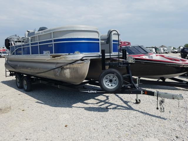Salvage 2017 Lowe BOAT for sale