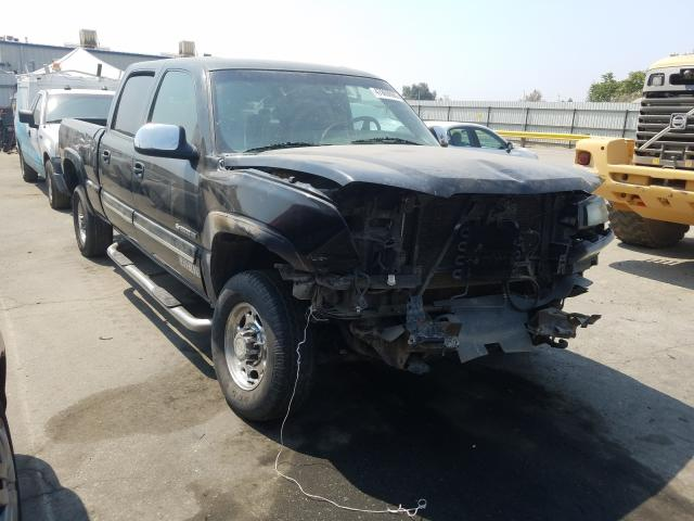Salvage cars for sale from Copart Bakersfield, CA: 2004 Chevrolet Silverado