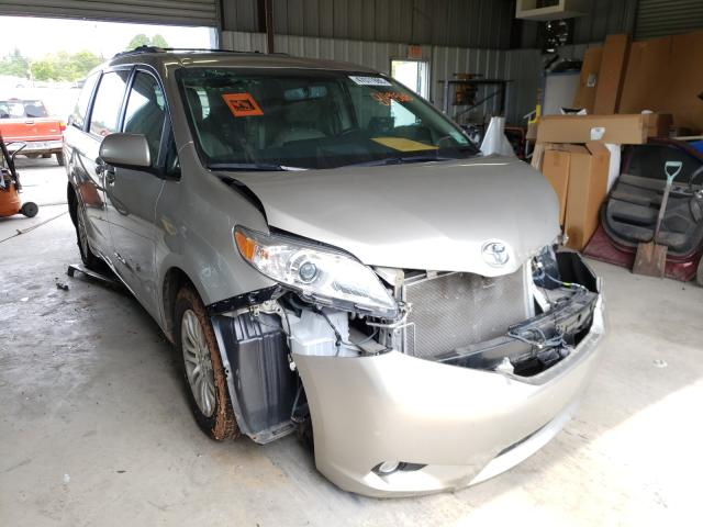 Salvage cars for sale from Copart Shreveport, LA: 2017 Toyota Sienna XLE