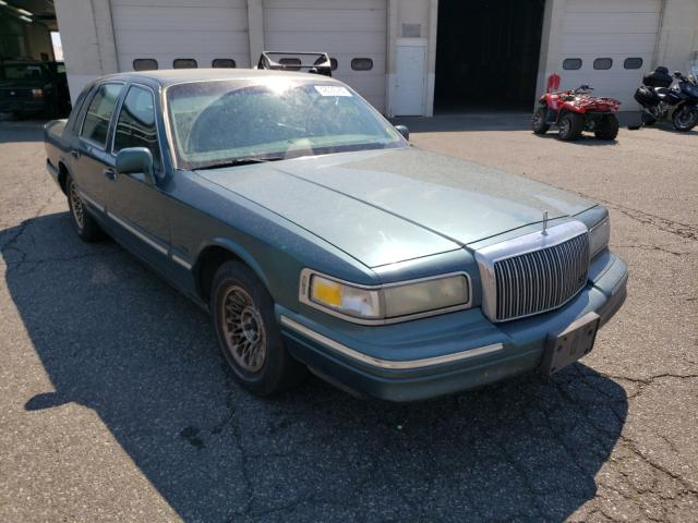 Salvage cars for sale from Copart Pasco, WA: 1995 Lincoln Town Car E