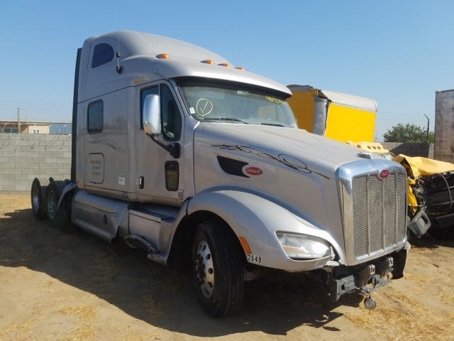 Salvage cars for sale from Copart Los Angeles, CA: 2013 Peterbilt 587