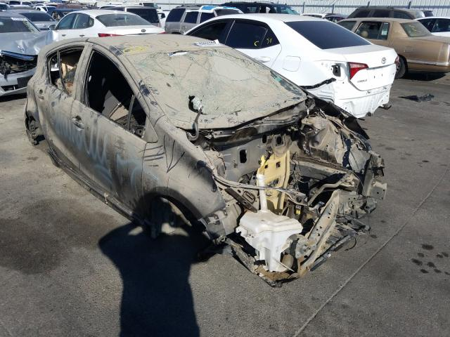 Salvage cars for sale from Copart Colton, CA: 2017 Toyota Prius C