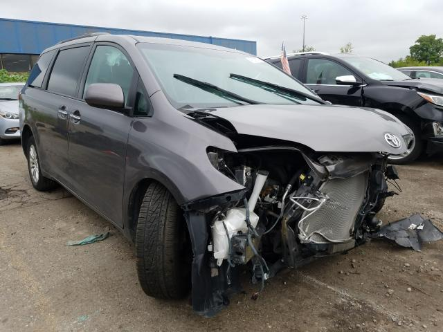Salvage cars for sale from Copart Woodhaven, MI: 2017 Toyota Sienna XLE