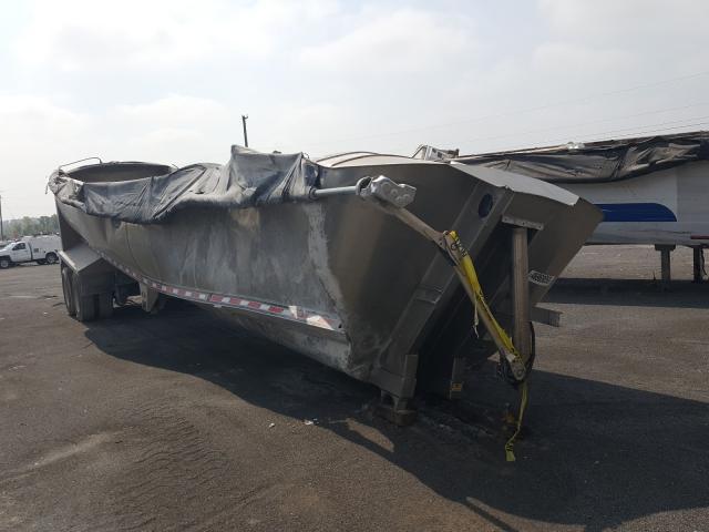 Salvage trucks for sale at Alorton, IL auction: 2014 Mack Trailer