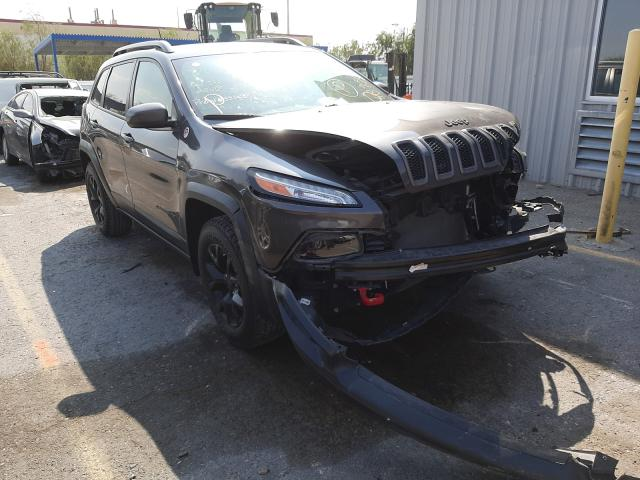 Salvage cars for sale from Copart Las Vegas, NV: 2017 Jeep Cherokee T