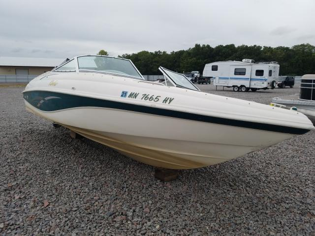 Salvage 2000 Rinker BOAT for sale