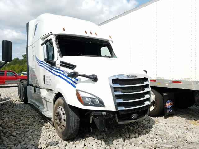 Salvage cars for sale from Copart Hurricane, WV: 2018 Freightliner Cascadia 1