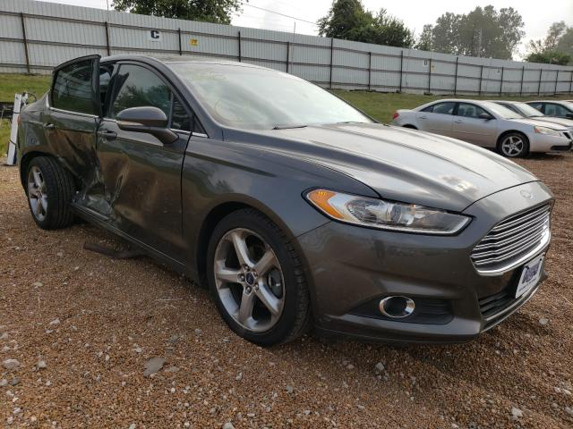 Salvage cars for sale from Copart Bridgeton, MO: 2015 Ford Fusion SE