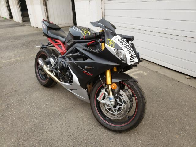 TRIUMPH MOTORCYCLE DAYTONA 67