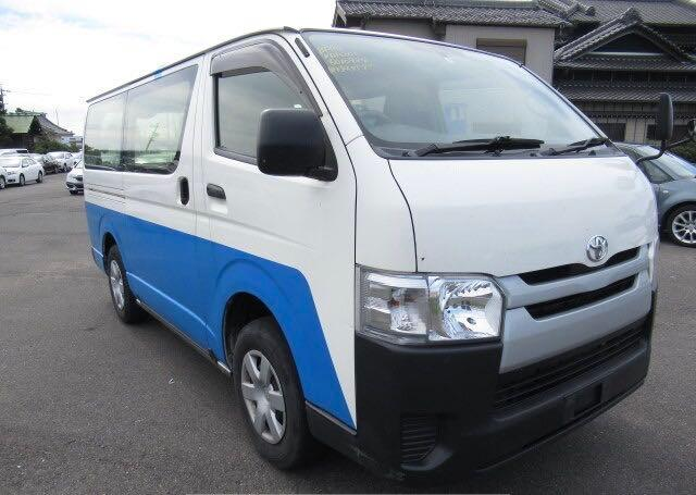KDH2066010984-2015-toyota-all-other