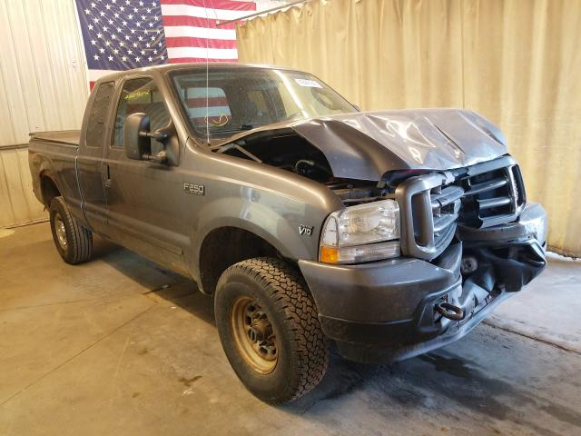 Salvage cars for sale from Copart Avon, MN: 2004 Ford F250 Super