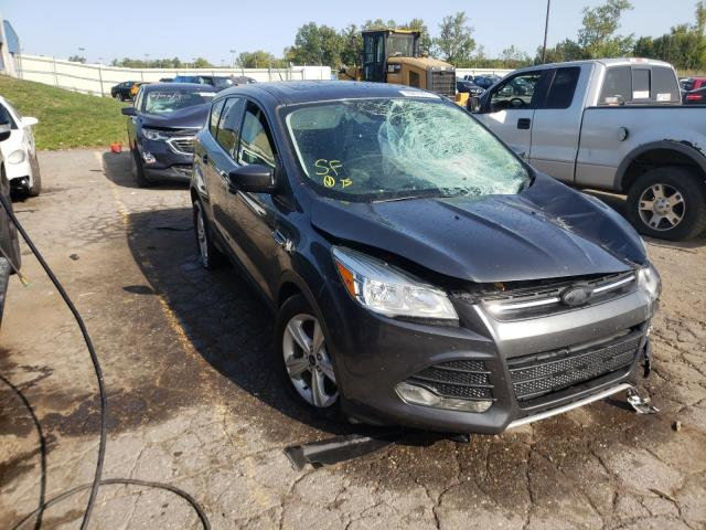 Salvage cars for sale from Copart Woodhaven, MI: 2015 Ford Escape SE