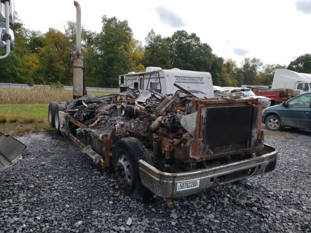 Salvage cars for sale from Copart Grantville, PA: 2001 International 9400 9400I