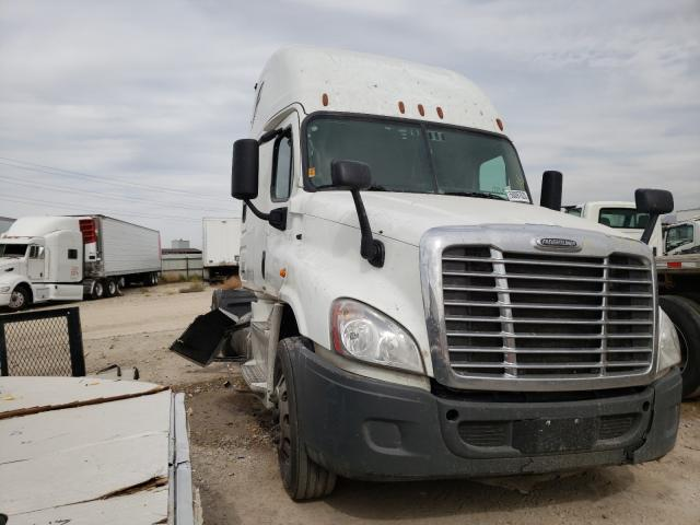 Salvage cars for sale from Copart Magna, UT: 2018 Freightliner Cascadia 1