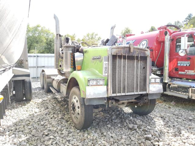 Salvage cars for sale from Copart Hurricane, WV: 2002 Kenworth Construction