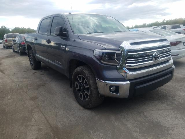 Salvage cars for sale from Copart Ellwood City, PA: 2016 Toyota Tundra CRE