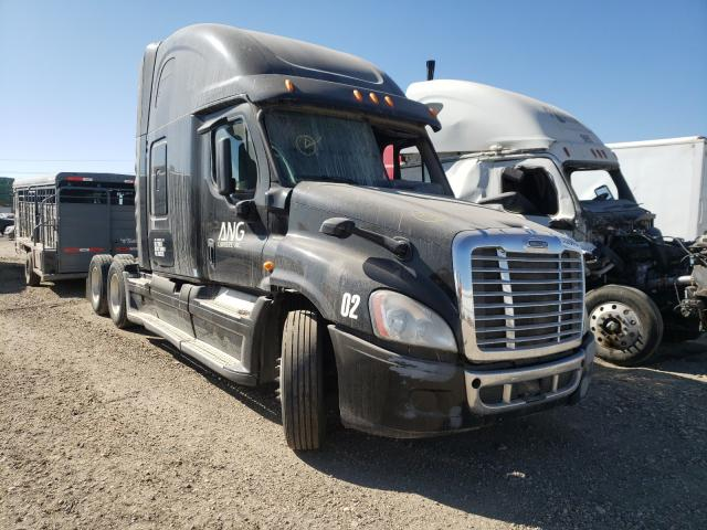 Salvage cars for sale from Copart Nampa, ID: 2014 Freightliner Cascadia 1