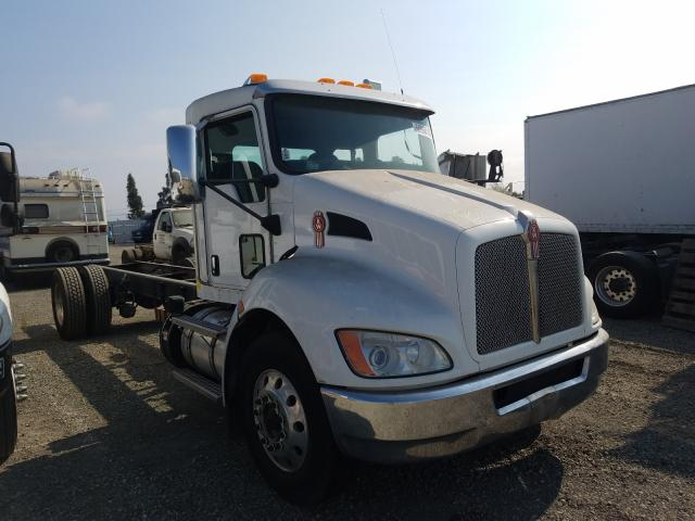 Salvage cars for sale from Copart Vallejo, CA: 2013 Kenworth Construction