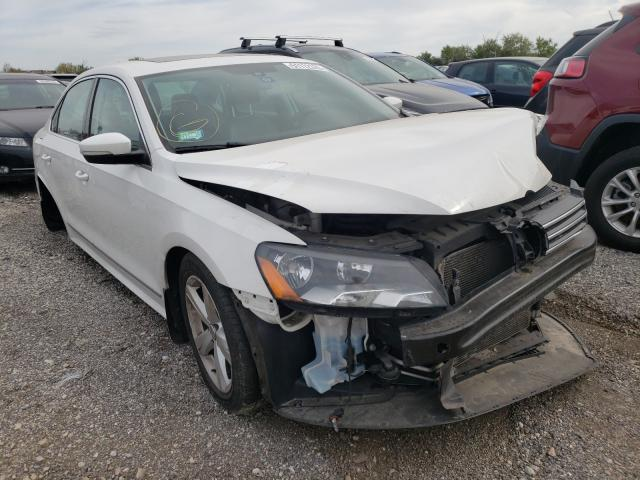 Salvage cars for sale from Copart Elgin, IL: 2015 Volkswagen Passat SE