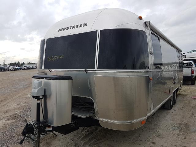 2017 AIRSTREAM  FLYING CLO