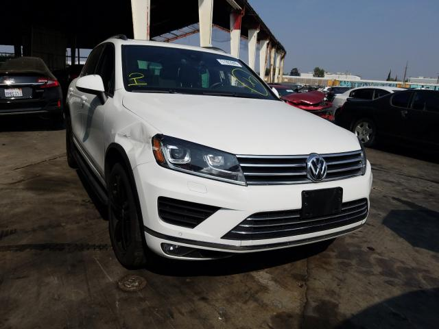 Salvage cars for sale from Copart Van Nuys, CA: 2017 Volkswagen Touareg WO