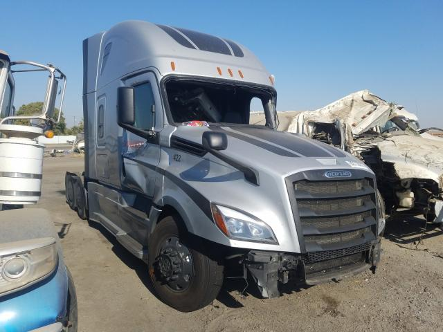 Freightliner salvage cars for sale: 2018 Freightliner Cascadia 1