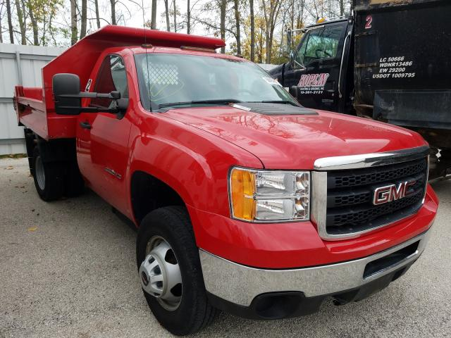 Salvage cars for sale from Copart Milwaukee, WI: 2013 GMC 3500 HD