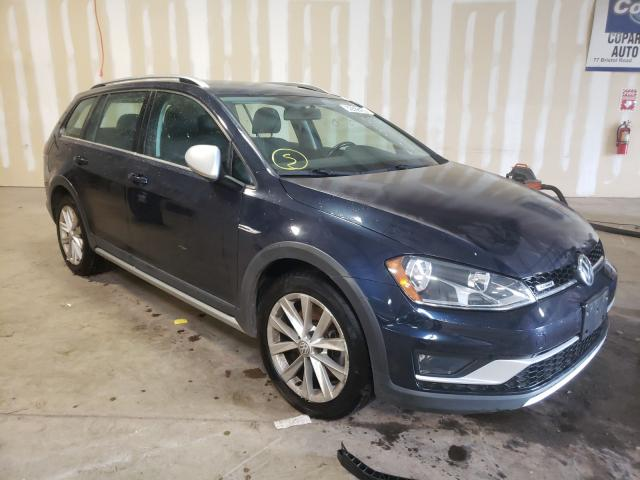 Salvage cars for sale from Copart Chalfont, PA: 2017 Volkswagen Golf Alltr